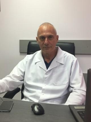 Д-р Климент Бабаков
