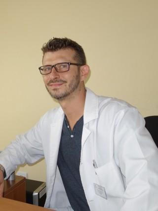 Д-р Младен Пенчев, дм