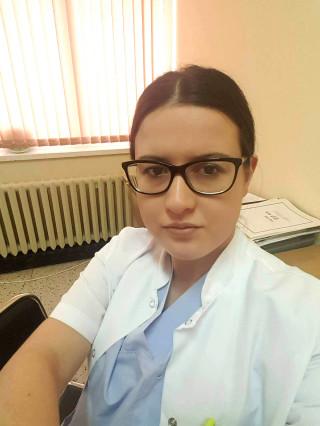 Д-р Даниела Семерджиева