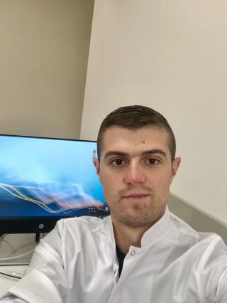 Д-р Кемал Садък