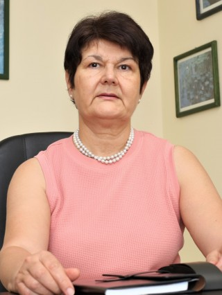 Проф. Русанка Ковачева, дм