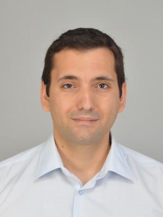 Д-р Валери Шехеров, дм