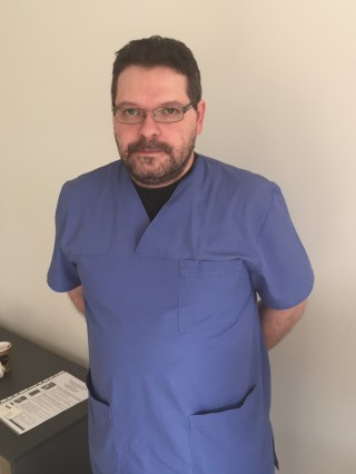 Д-р Никола Николов