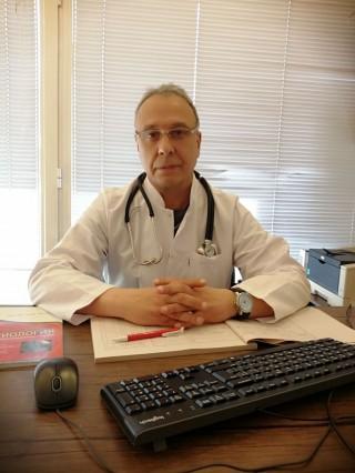 Д-р Радосвет Добрев