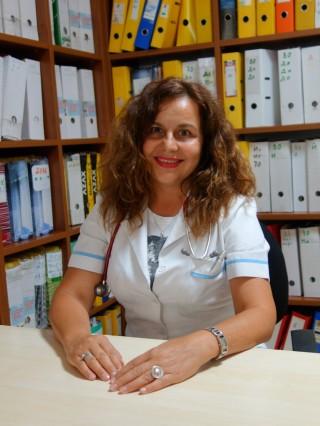 Д-р Нели Михнева