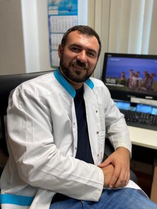 Д-р Никола Колев