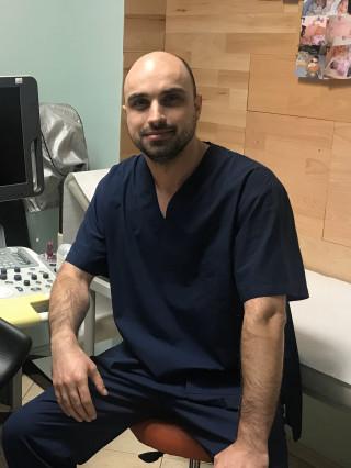 Д-р Николай Николов