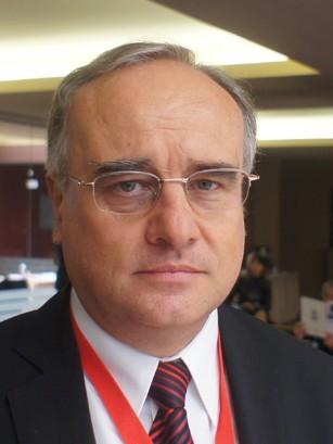 Проф. Красимир Антонов, дм