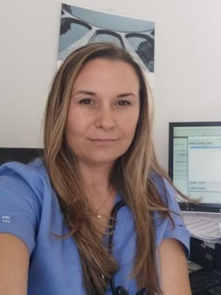 Д-р Ясмина Секуловска